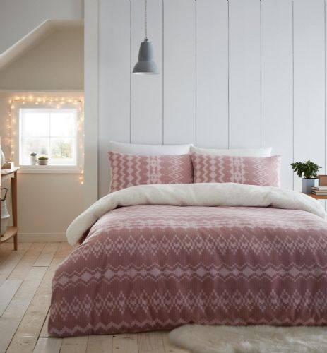 Catherine Lansfield Alpine Fleece Blush Bedding Set